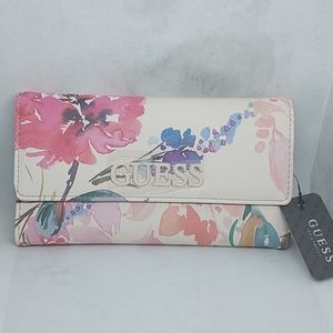 Brand New Guess clutch/wallet